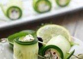 Cucumber W/Sun Dried Tomato Rolls