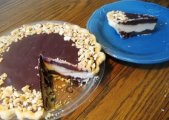 Chocolate & Peanut Butter Candy Pie