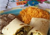 Chile Verde Breakfast Burritos
